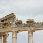 greek-building